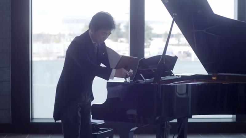 regalo emotivo padre hija boda - padre piano