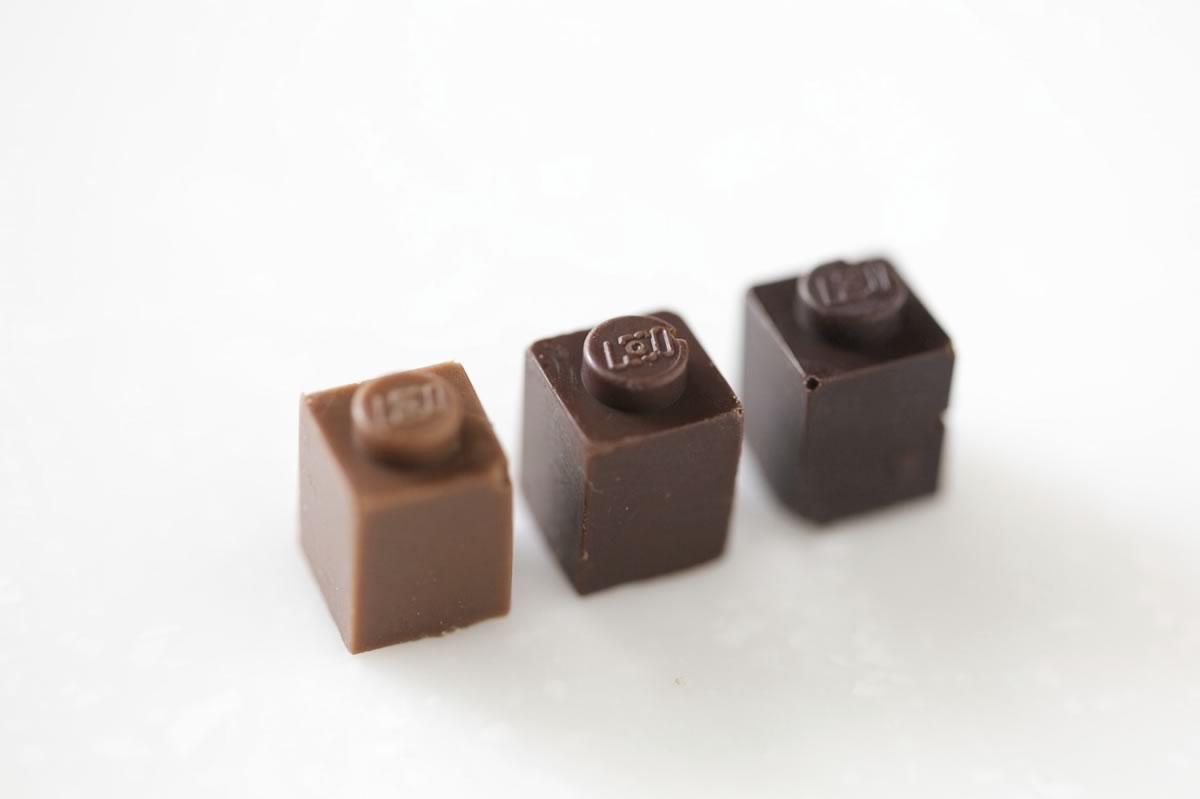 piezas de lego hechas de chocolate - 04