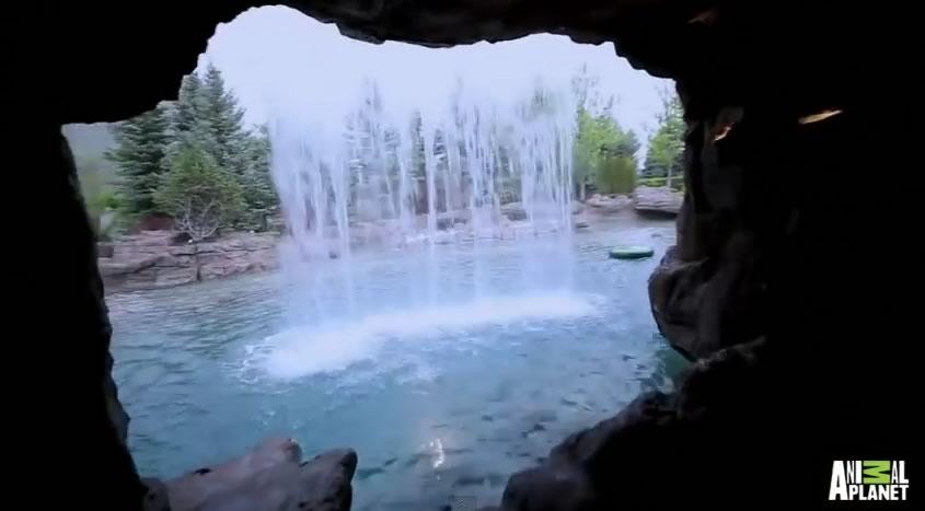 piscina mas cara del mundo - vista de cascada