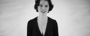esta mujer puede cantar dos notas musicales al mismo tiempo