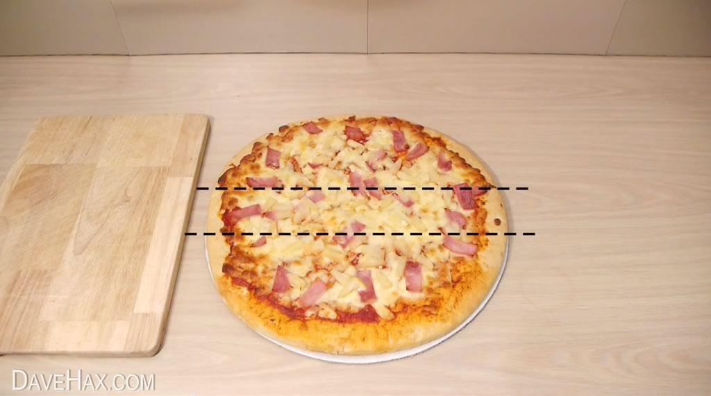truco para cortar la pizza y quedarse con la mayor tajada 02